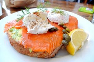what to do with canned salmon