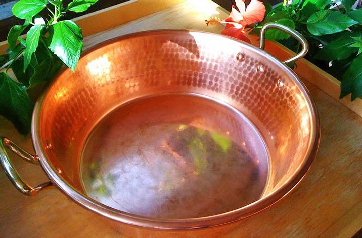 copper pan reactivity