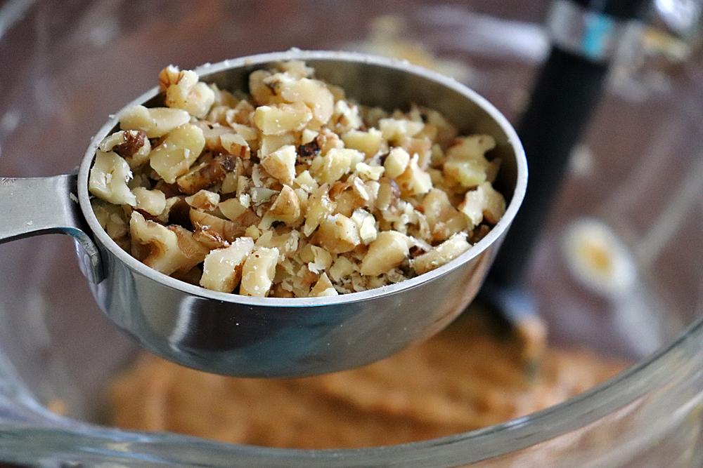 fold in chopped walnuts